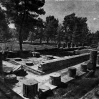 Храм Геры (Герайон) в Олимпии 7 в. до н. э.