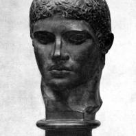 Мирон. Дискобол. Голова. Около 450 г. до н. э. Мраморная римская копия с утраченного бронзового оригинала. Рим. Музей Терм