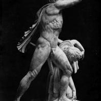 Галл, убивающий себя и жену. Мраморная римская копия с утраченного оригинала. Конец 3 в. до н. э. Рим. Музей Терм
