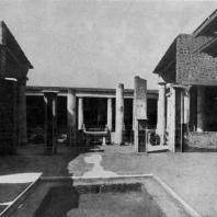Атриум дома Веттиев в Помпеях. Третья четверть 1 в. н. э.