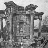 Круглый храм в Баальбеке. Середина 3 в.