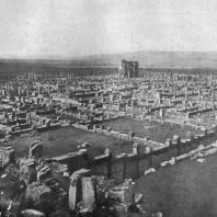 Тимгад. Основан в 100 г. Общий вид города