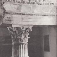 Эпидавр. Толос, фрагмент реконструированной внутренней колонны. Музей. Фото: Анджей Дзевановский
