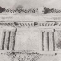 Эпидавр. Киматий и верхняя часть антаблемента святилища Асклепия. Музей. Фото: Анджей Дзевановский