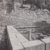 Дельфы. Сокровищница сикионцев (510-480 гг. до н.э.). Вид с юга