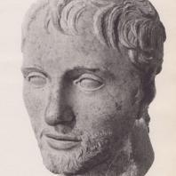 Дельфы. Портретная голова (конец II в. до н.э.). Музей в Дельфах