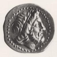 Серебряная монета из Элиды с изображением головы Зевса. Национальный музей в Кракове. Фото: Конрад Кароль Поллеш