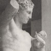 Олимпия. Голова и торс Гермеса, держащего Диониса. Фото: Анджей Дзевановский