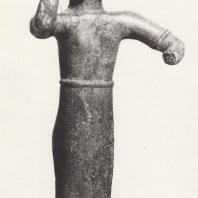 Фигурка богини Афины, так наз. Палладион. Бронза, первая половина VII в. до н.э. Музей в Олимпии. Фото: Анджей Дзевановский