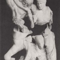 Храм Зевса. Западный фронтон. Лапиф, борющийся с кентавром. Музей в Олимпии. Фото: Анджей Дзевановский