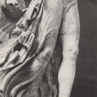 Нижняя часть статуи Ники. Скульптор Пэоний, ок. 420 г. до н.э. Музей в Олимпии. Фото: Анджей Дзевановский