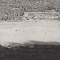 Олимпия. Центральная часть стадиона, на переднем плане алтарь Деметры, с противоположной стороны ложа элланодиков. Фото: Анджей Дзевановский