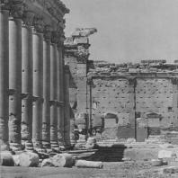 Пальмира. Развалины восточной колоннады при храме Бела