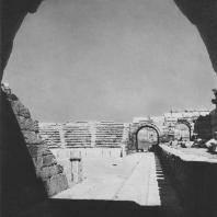 Пальмира. Зрительный зал театра и часть скена, II век. Вид с восточной стороны