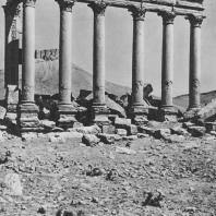 Пальмира. Фасад так называемого Надгробного храма, вид с востока