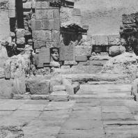 Пальмира. Общий вид целлы так называемого Храма знамён после окончания археологических раскопок 1965 г.