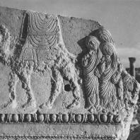 Пальмира. Шествие женщин — фрагмент рельефа из храма Бела, I век