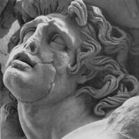 Алтарь Зевса в Пергаме. Восточная сторона большого фриза. Гигант Алкионей (деталь)