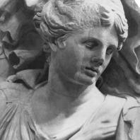 Алтарь Зевса в Пергаме. Северная сторона большого фриза. Никс (деталь)