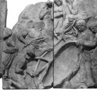 Алтарь Зевса в Пергаме. Части малого фриза или фриза Телефа. Постройка корабля Архе для Авги